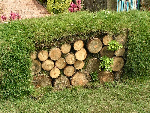 Log bank from The Garden of the Future