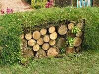 Log bank