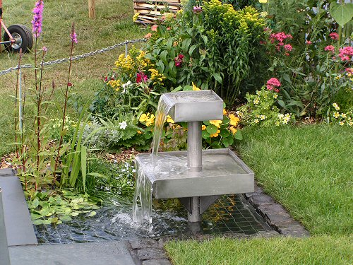 Water feature from Tomorrow's Garden for Wildlife